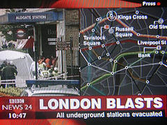 BBC News 24: London blasts, all underground stations evacuated Foto: Beachcomber1 @ Flickr